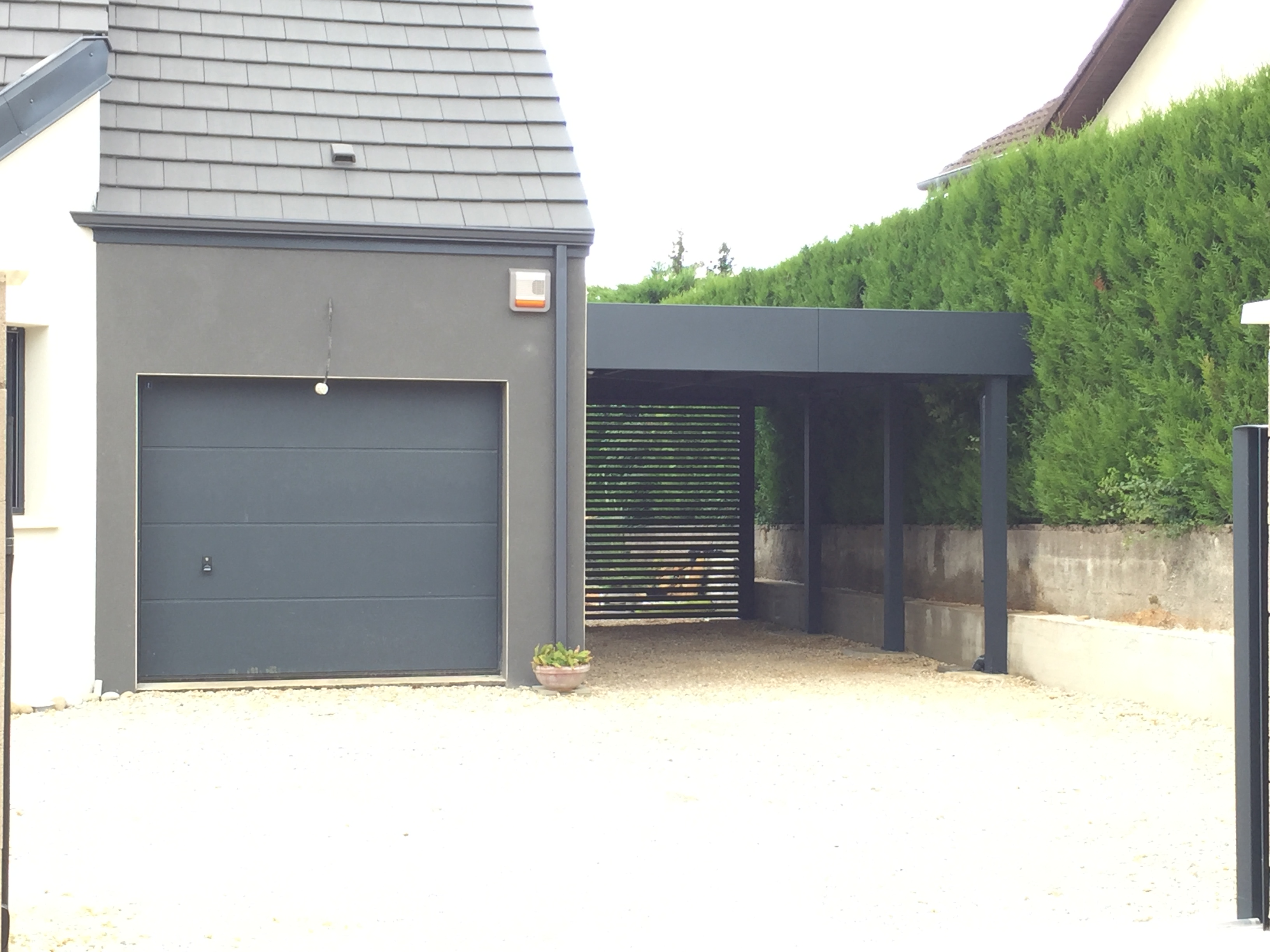 le carport aluminium de la semaine carport. Black Bedroom Furniture Sets. Home Design Ideas